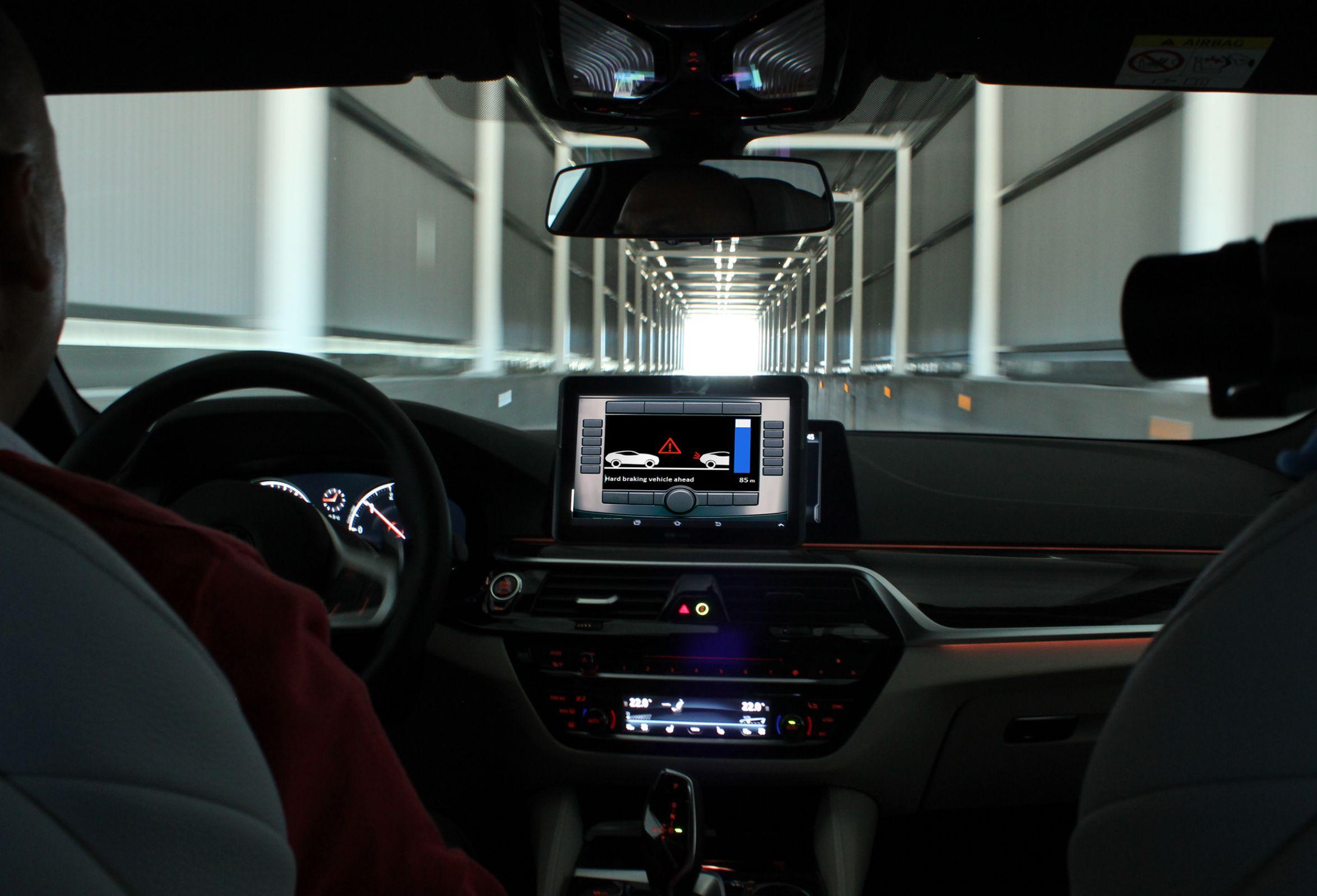 DEKRA opens Connected Car Test Area